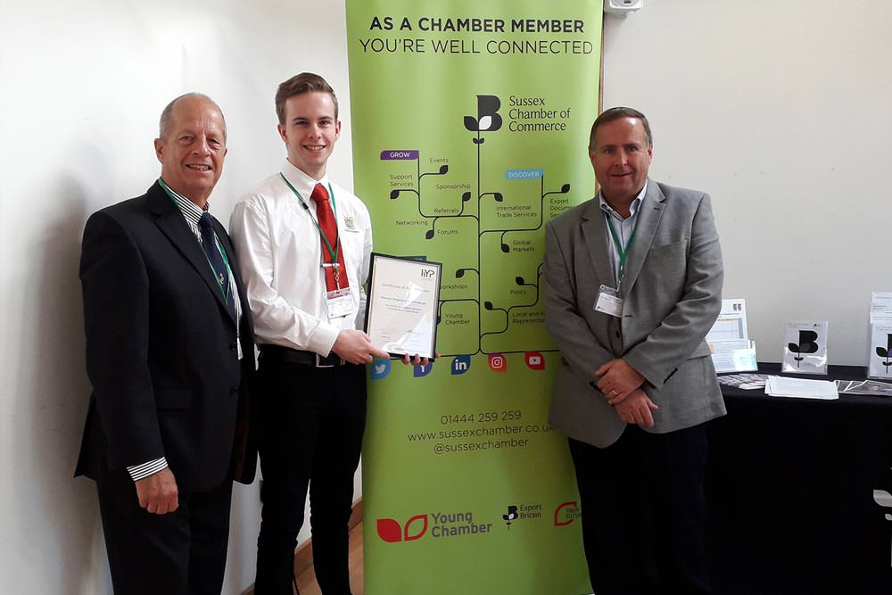 ETI Ltd Achieves The Investment In Young People Award