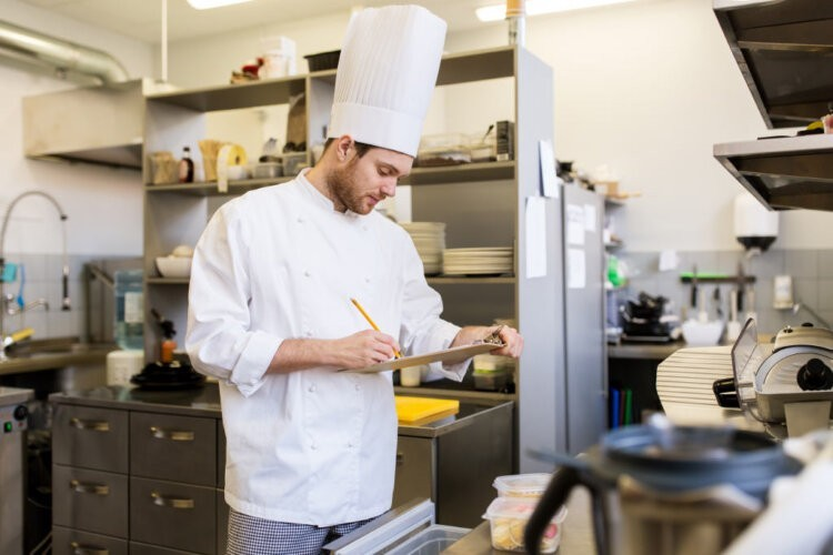 5 Common Food Safety Mistakes and How to Avoid Them